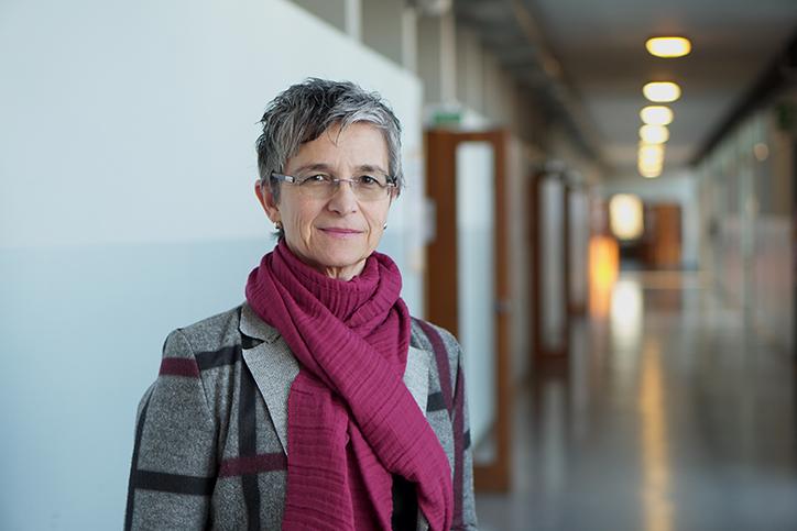Prof. ssa Elena Maietich