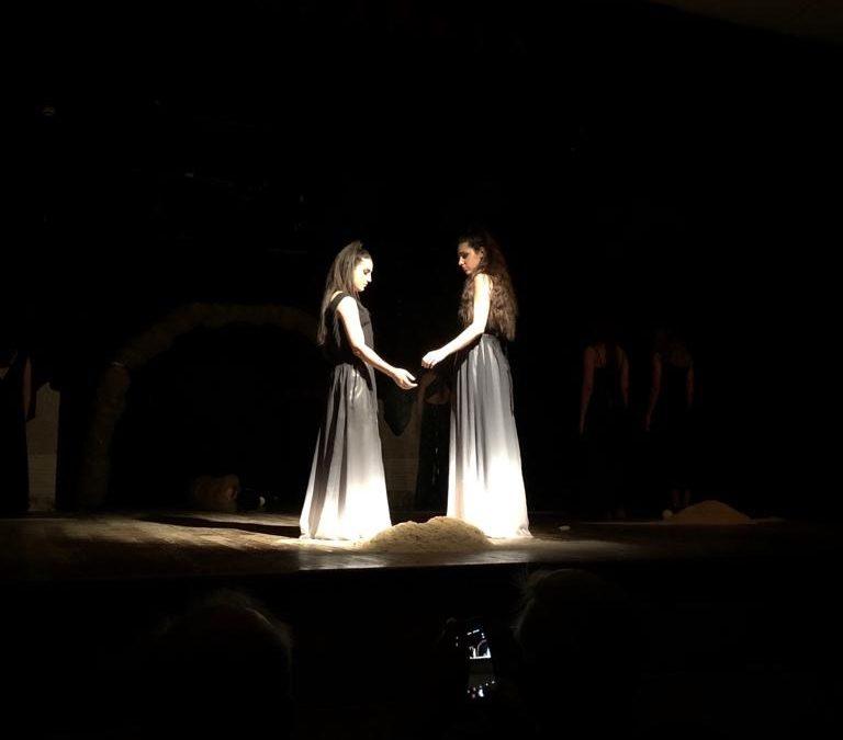 """""""Nata contro. Antigone per sempre"""" in scena al Parco Rupestre di Lama d'Antico"""