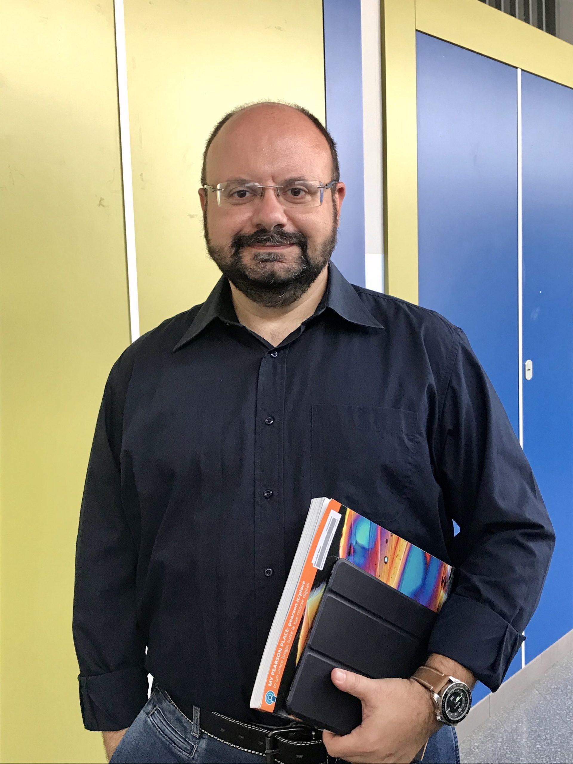 Prof. Mario Arciello